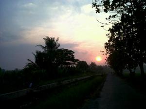 Sunset desa Tunsa